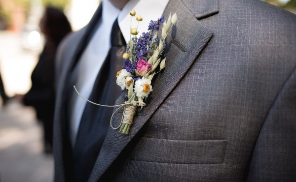 flower suit dresscode